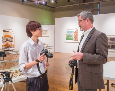 Art Center Hosts IWU Interns.