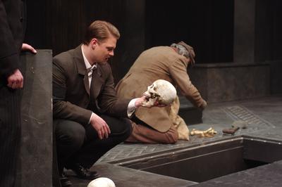 Hamlet 104